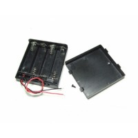 4xAA Battery Holder (square with cover)